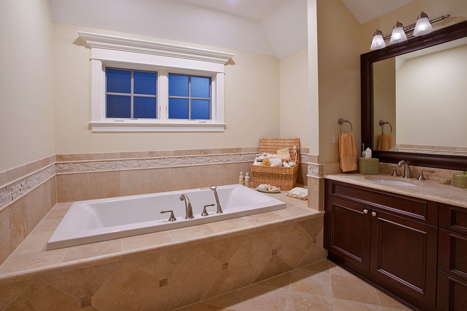 836-Surrey - MasterBathroom - Globex Developments Custom Homes