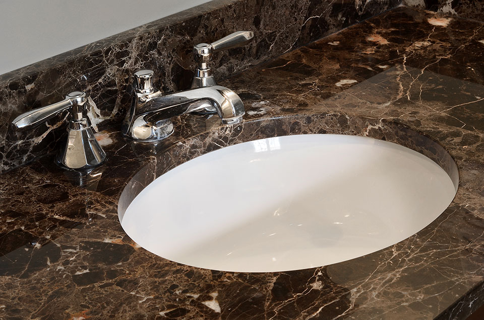 920-Crescent - Master-Bath-Detail-Faucet - Globex Developments Custom Homes