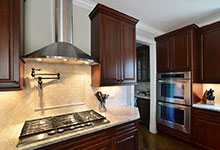 920-Crescent - Kitchen-Backsplash - Globex Developments Custom Homes
