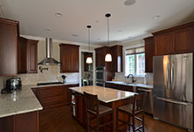 920-Crescent - Kitchen - Globex Developments Custom Homes