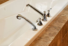 920-Crescent - Bathroom Detail - Globex Developments Custom Homes