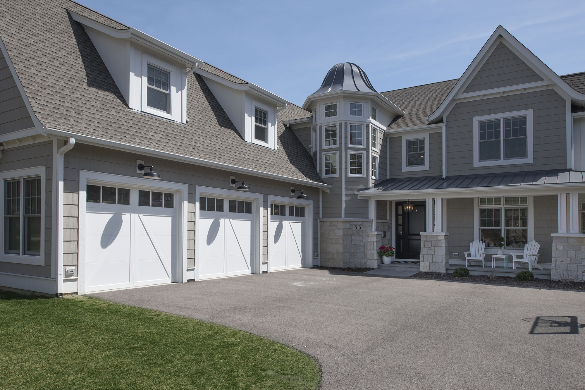 mcgrecords colors doors white home garage on com fashionable the design awesome overhead reviews for coastal exterior inspiration in inspiring handles color door clopay