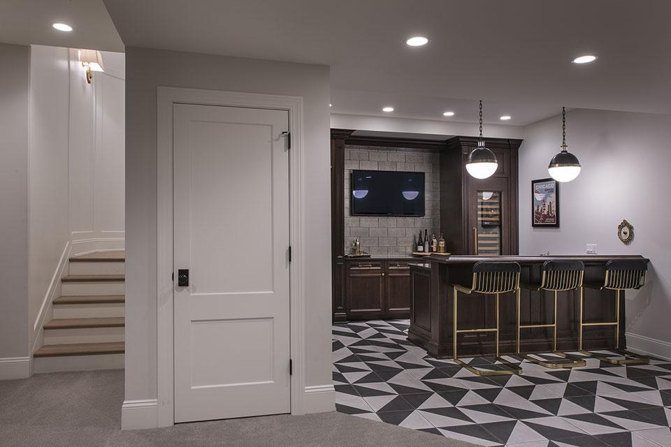 Glenview-Coastal - Basement Door, Bar - Globex Developments Custom Homes