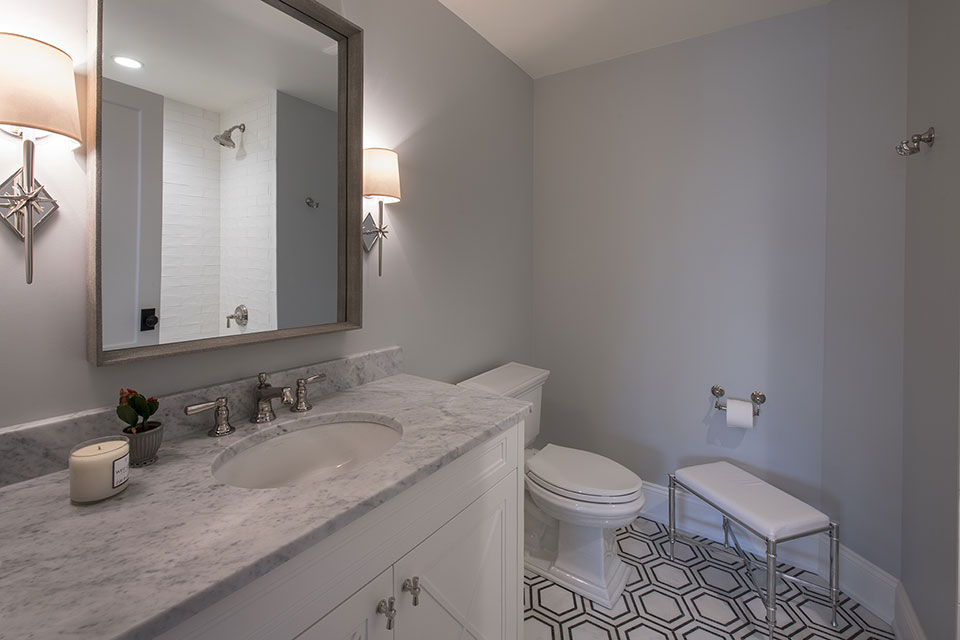 Glenview-Coastal - Bathroom-Small - Globex Developments Custom Homes