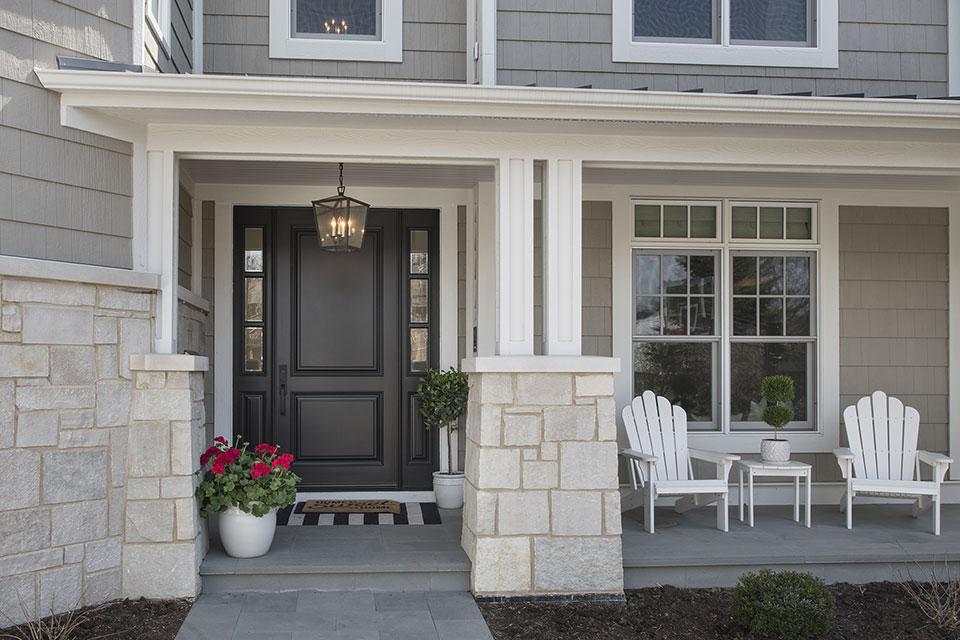 Glenview-Coastal - DB 301PW 2SL Front Door - Globex Developments Custom Homes
