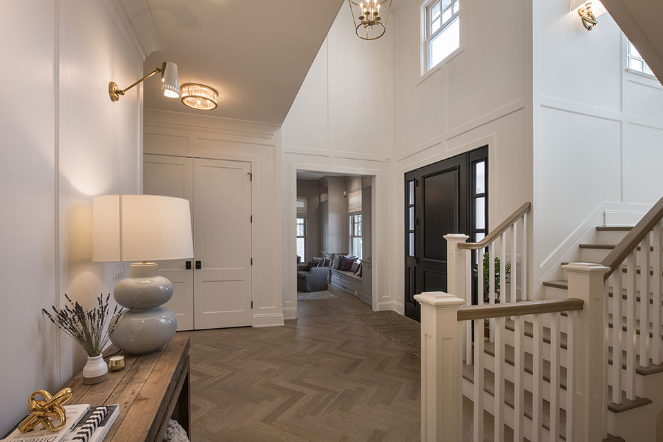 Glenview-Coastal - Foyer - Globex Developments Custom Homes