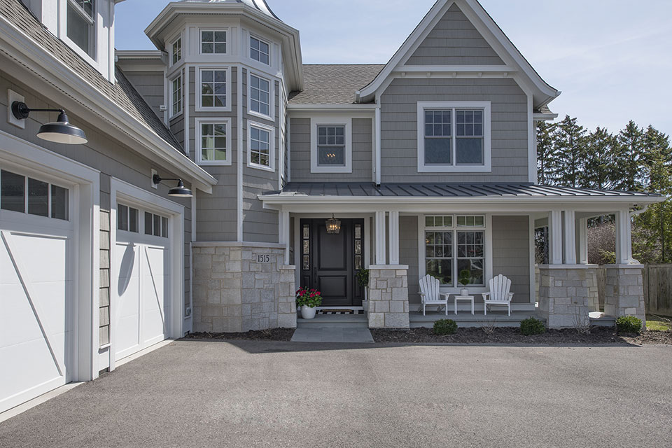 Glenview-Coastal - Front-Entrance - Globex Developments Custom Homes