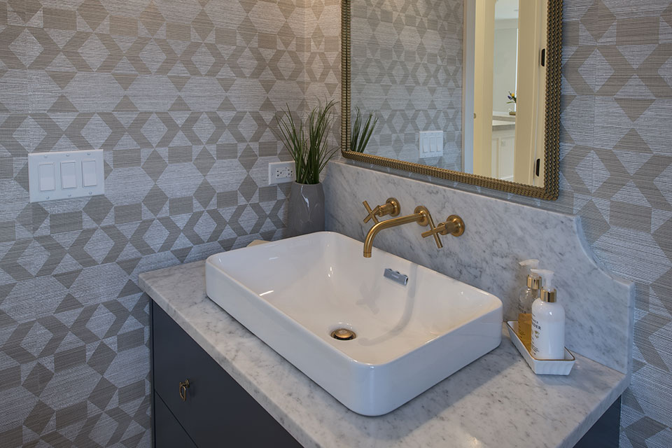 Glenview-Coastal - Powder-Room-Vanity - Globex Developments Custom Homes