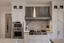 Glenview-Coastal - Kitchen, Stove, Backsplash, Pantry Door - Globex Developments Custom Homes