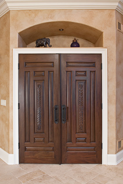 ST-House - Closet-DoubleDoors - Globex Developments Custom Homes