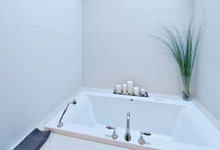 2315-Dewes - Pano-Bathroom - Globex Developments Custom Homes